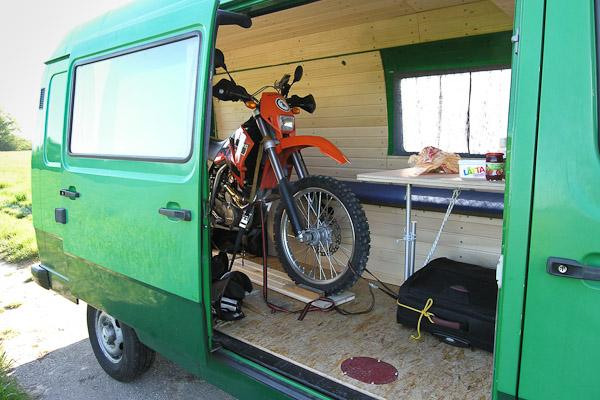fahrzeuge_bus_minna_18_moped