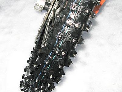 fahrzeuge_motorrad_spikes_15