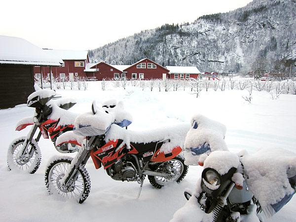 fahrzeuge_motorrad_stulpen1