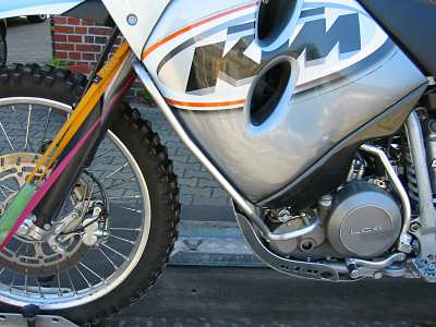 fahrzeuge_motorrad_tankbuegel2